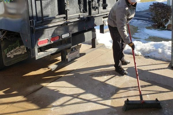 Cleaning up after junk removal services